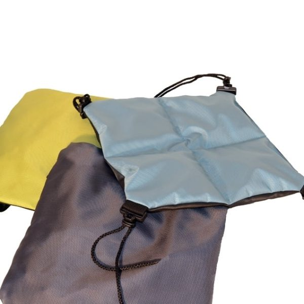 Sittdyna Protac Bolldyna™ med fack 40x40cm, 25mm bollar, Aqua